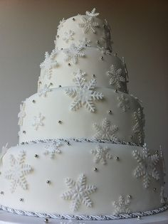 winter wedding cakes | Winter Wonderland' 4 Tier Wedding Cake | Flickr - Photo Sharing!