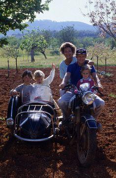 where is niki lauda today | Niki Lauda with family