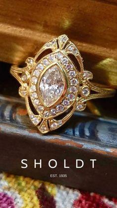 Wedding Rings Vintage, Vintage Engagement Rings, Vintage Rings, Wedding Jewelry, Engagement Ring Styles, Vintage Diamond, Halo Diamond Engagement Ring, Diamond Wedding Rings, Unique Rings