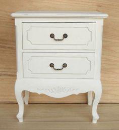 Romanttinen yöpöytä 2 laatikolla   Uuttakotiin.fi Nightstand, Table, Furniture, Home Decor, Bedside Desk, Night Stands, Interior Design, Home Interior Design, Desk