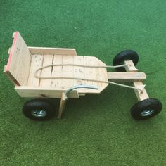 Go kart made from pallet wood for the children. Go kart made from pallet wood for the children. Woodworking For Kids, Woodworking Toys, Woodworking Projects, Wooden Go Kart, Wooden Car, Wooden Airplane, Soap Box Cars, Soap Box Derby Cars, Making Wooden Toys