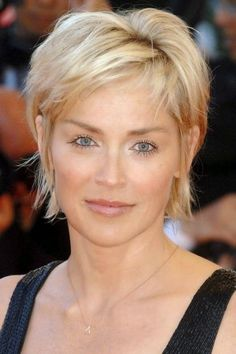 The Most Awesome Sharon Stone Short Hairstyles For Your Hairdo Is Compatible With Changing Appearance Haircut For Older Women, Hairstyles For Round Faces, Short Hairstyles For Women, Makeup Tips For Older Women, Everyday Hairstyles, Short Pixie Haircuts, Pixie Hairstyles, Cool Hairstyles, Brunette Hairstyles