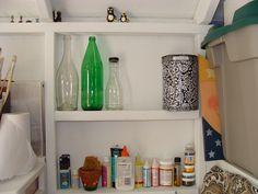Shed organization Shed Organization, Garage Shed, Outdoor Sheds, Bathroom Medicine Cabinet, Buildings, Diy Projects, Yard, Storage, Purse Storage