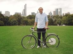 Flykly Smart Wheel. A back tire that fits on to any bike.