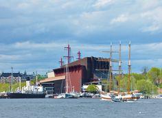 Vasa Museum by the waterfront. www.worldtourandtravel.com