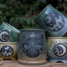 Voice of Nature - hauntedpamplemousse: sosuperawesome: Ceramics. Ceramic Mugs, Ceramic Pottery, Ceramic Art, Pottery Mugs, Wicca, Tadelakt, Sgraffito, Cute Mugs, Mug Cup