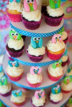 Look Whooo's One! Omg - cutest 1st birthday party!