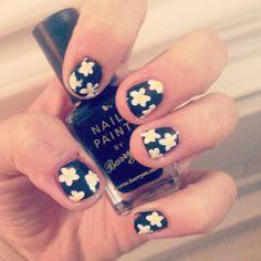 Daisy nails Daisy Nails, Print Tattoos, Nail Art, Painting, Painting Art, Nail Arts, Paintings, Painted Canvas, Nail Art Designs
