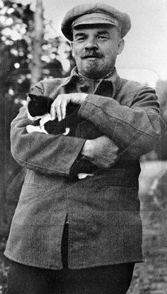 Vladimir Lenin and a cat