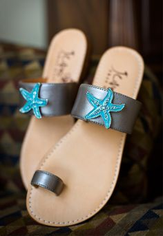 Wedding shoes. Photography Kristi Midgette Photography http://www.outerbanksweddingassoc.org/membersearch/memberpage.html?MID=1880=Photographers=16