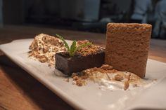 The Perfect Meal: Restaurant L'Orignal. Chocolate terrine S'more Chocolate Terrine, Street Food, Montreal, Restaurant, Meals, Dishes, Desserts, Cafes, Tailgate Desserts