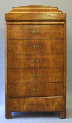 kleiderschrank um 1820 sogenannter blender kirschbaum auf nadelholz furniert fadenintarsie und blumenintarsie im giebel front mit einteilung in sechs