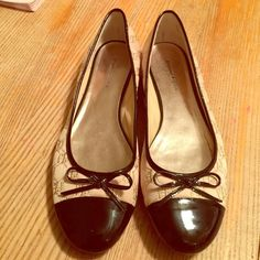 Etienne Aigner Quilted Flats. Size 9M Beautiful and comfortable quilted flats! These lovely flats are size 9M, fabric and leather upper. Beige (cream) and black. Tried on and never showed them off. Darling flats you must have!  Open to all reasonable offers. Etienne Aigner Shoes Flats & Loafers