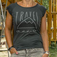 Travel shirt ladies Travel addict | travelingdutchies.com