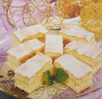 Fincsi receptek: Krémes sütik Macarons, Cheesecake, Dairy, Food, Cakes, France, Romanian Recipes, Cake Makers, Cheesecakes