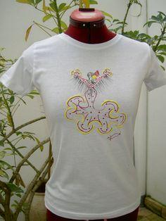Preciosas camiseta pintada a amno