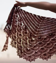 Tunisian Crochet...that's beautiful!  It makes me want to learn to crochet, but probably not gonna happen in London or Ireland.  Pin links to a yarn shop in London.