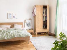 Micasa Schlafzimmer mit Bett, Nachtisch & Schrank aus dem Programm CARA Minimal Bedroom, Minimalist Room, Minimalism, Design, Furniture, Home Decor, Bedroom, Pivot Doors, Minimalist Bedroom