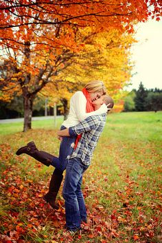 Fall Engagement  Love love love the colors
