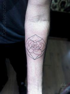 Geometric rose prism