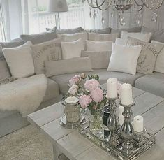Enchanted Shabby Chic Living Room Decoration Ideas26 #shabbychicdecor