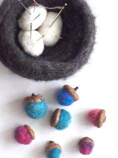 felted nest pincushion & acorns