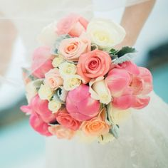 Bouquet carried by Rachail Johnson, designed by Flowers by GiMi #wedding
