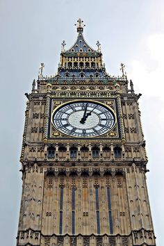 Big Ben up close Beauty Around The World, Places Around The World, Oh The Places You'll Go, Great Places, Beautiful Places, Around The Worlds, Oxford London, Uk Destinations, Vacation Places