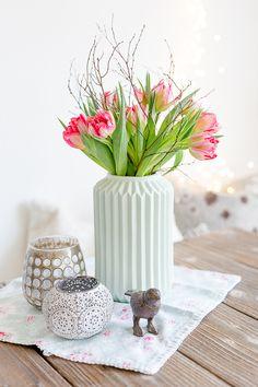 Mit Tulpen und neuem Lieblingspulli ins Wochenende