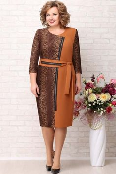 Полная модница Plus Size Retro Dresses, Plus Dresses, Trendy Dresses, Casual Dresses, Short Dresses, Royal Blue Lace Dress, Elegant Summer Dresses, Mature Women Fashion, Kurti Neck Designs