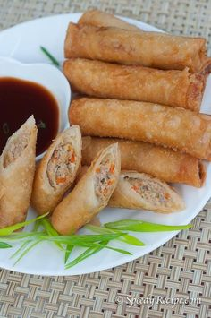 Filipino Lumpiang Shanghai are small pieces of fried egg rolls. These egg rolls are prepared using ground pork along with some vegetables. Lumpia Recipe Filipino, Filipino Recipes, Asian Recipes, Asian Foods, Pinoy Recipe, Lumpiang Shanghai Recipe, Shanghai Food, Lumpia Shanghai, Pork Recipes