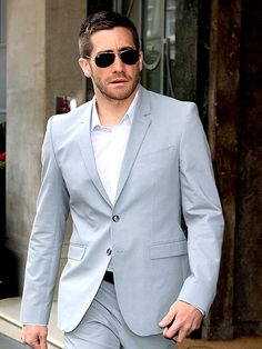 "Jake Gyllenhaal wearing ray ban 3362 small aviator ""cockpit"" sunnies!"