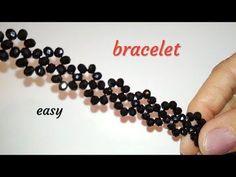 MK to create a bracelet - You . - Life with Alyda Beaded Bracelets Tutorial, Beaded Bracelet Patterns, Beading Patterns, Seed Bead Jewelry, Bead Jewellery, Bead Crafts, Jewelry Crafts, Bijoux Diy, Wire Bracelets