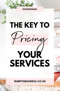 Struggling to price your services? Get the ready to use formula so you can set your rates, price your services and even create packages so that you can finally start earning your dream income! Business Entrepreneur, Business Tips, Web Design Packages, Social Media Digital Marketing, Freelance Writing Jobs, Virtual Assistant Services, Copywriter, Writing Services, Blogging For Beginners