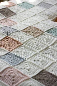 Coco Rose Diaries Crochet Granny, Knit Crochet, Crochet Throws, Coco Rose Diaries, Small Blankets, Pip Studio, Little Pumpkin, Diy Crafts, Quilts