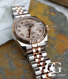 This classic Rolex Datejust 179171 comes in Rose Gold and stainless steel. The jubilee bracelet and the stainless steel really gives this timepiece an enormous amount of charm. Luxury Watches, Rolex Watches, Used Rolex, Thing 1, Fine Watches, Rolex Datejust, Watches Online, Rose Gold, Stainless Steel