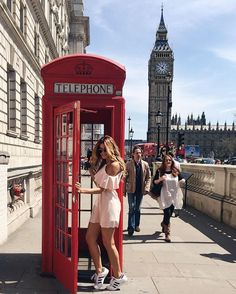 Hello from the other side ☎️ . Eurotrip, London Pictures, London Photos, London Photography, Travel Photography, Travel Pictures, Travel Photos, Insta Photo Ideas, London Travel