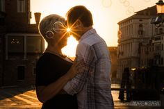 Love in Venice. Kim and Michael shared with Mare and Sara Photography part of their romantic trip to Italy. Romantic Travel, Venice Italy, Italy Travel, Photo Sessions, Destination Wedding, Wedding Photography, Europe, Vacation, Couple Photos
