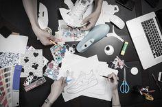 아키클래식 디자이너들의 디즈니 콜라보레이션 디자인 현장!   #아키클래식 #디즈니 #콜라보레이션 #운동화 #신발 #디자인 #akiiiclassic #disney #collaboration #design #shoes