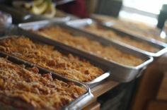 -tips for cooking for large groups, including planning quantities of food to buy
