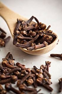 Cloves are the aromatic flower buds of a treeThis spice is aromatic, an unopened flower bud, with sweet, earthy, and peppery taste and they pair well with most meat dishes.