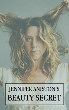 Can you guess Jennifer Aniston's beauty secret? Jennifer Aniston, Vaseline, Beauty Secrets, Beauty Hacks, Beauty Care, Hair Beauty, Lotion, Massage, Good Genes