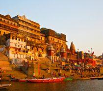 Delhi Agra Trip Operators - Golden Triangle Tour With Varanasi, Delhi Agra Jaipur Tour With Varanasi, Golden Triangle Tours With Varanasi, Varanasi Tour With Golden Triangle.