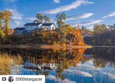 Flott bilde! God stemning. #reiseliv #reiseblogger #reisetips  #Repost @2000stargazer with @repostapp  #Nesttunvannet  #bergen #Norway #Fanaposten #autumncolours  #fall #høst #høstfarger #autumn #reflections  #reiseradet #landscapesofscandinavia  #landscape_lovers #landscapesofnorway  #landscape #nature #exclusive_shots @iamcanoon @norges_fotografer #creativenorth #norskefotografer