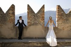 Love the architecture elements in this photo of the bride and groom