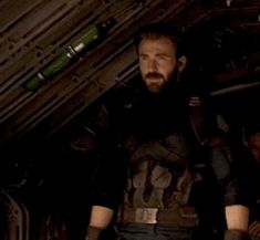 """Sorry, But Captain America's Beard Was The Most Important Part Of """"Avengers: Infinity War"""""""