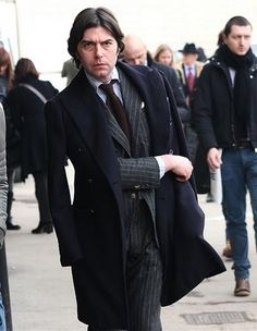 Charcoal Suit, Brown Tie, Sartorialist, Mens Fashion, Fashion Outfits, Gentleman Style, Style Icons, Men's Style, Suit Jacket