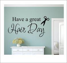 Amusez-vous un grand cheveux jour mur décalque Institut de beauté Decal cheveux Salon mur Decal ciseaux esthéticienne cheveux styliste mur Decal vinyle Wall Decal beauté ce décalque ferait une déclaration dans votre salon de coiffure ! Coupe de la matte couverte de plus haute qualité finition vinyle, il vous donnera lapparence dêtre peints à la main, mais sans le temps, désordre ou engagement ! Sil vous plaît faire couleur et choix de la taille de menus déroulants. En raison du caractère…