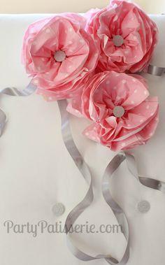 {DIY} Napkin Flower Poms- So pretty! www.partypatisserie.com