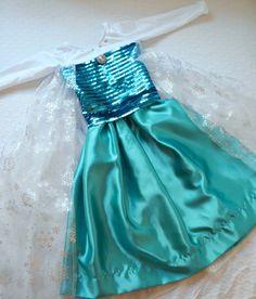 Disney Frozen Queen Elsa Costume Tutorial.  marinobambinos.com #DisneyPrincessCostume #QueenElsa #Frozen